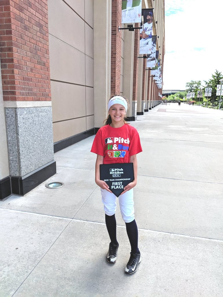Adalyn at the MLB Pitch, Hit, Run Team Championship